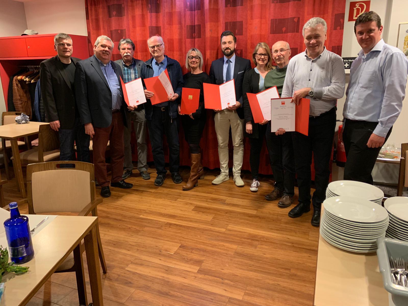 SPD Ortsverein Schwerin-Frohlinde-Dingen ehrt Jubilare für viele Jahre Parteizugehörigkeit